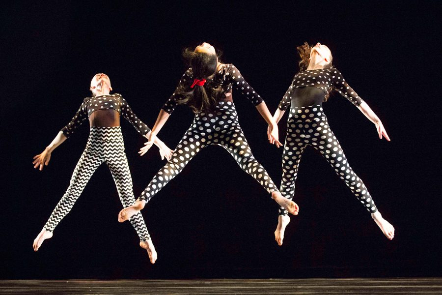 Dancers+at+Dance+Center+Evanston+perform+a+routine.+The+studio+has+grown+substantially+in+the+past+25+years.%0A