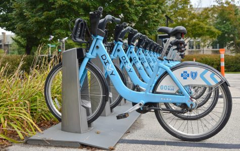 Council narrowly votes to purchase new Divvy stations