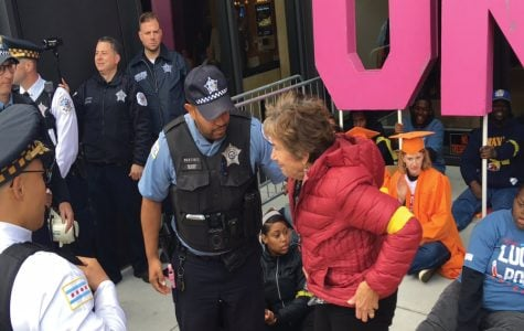 U.S. Rep. Jan Schakowsky arrested while striking for union rights