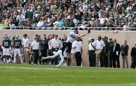 Football: Northwestern exorcises second-half demons, holds off No. 20 Michigan State for statement win