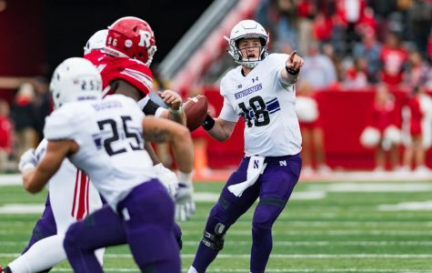 Football: Northwestern scores late, fends off Rutgers' upset attempt to win