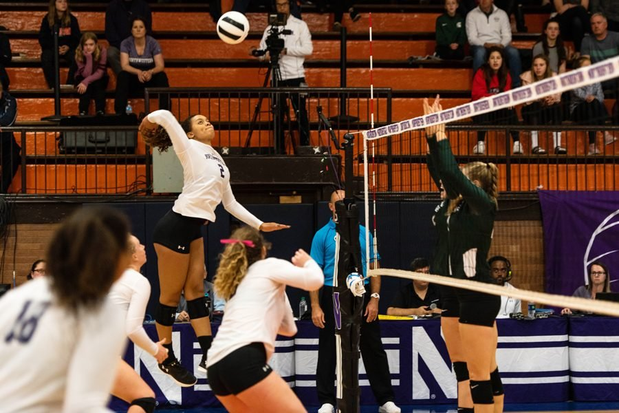 Abryanna+Cannon+swings+for+a+kill.+The+freshman+outside+hitter+had+16+kills+over+the+weekend.