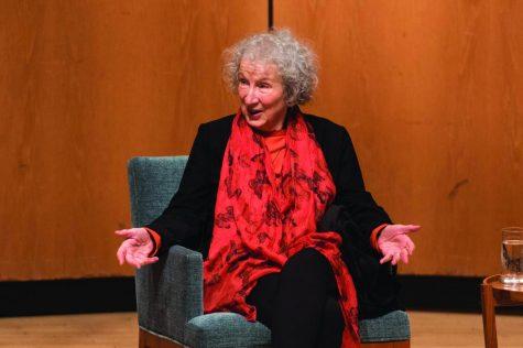 """""""Handmaid's Tale"""" author Margaret Atwood speaks at Northwestern"""