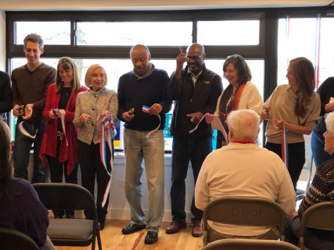 DPOE opens new office space to accommodate more volunteers, phone banking