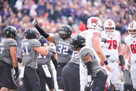 Football: Hall's return from latest injury strengthens Northwestern defense