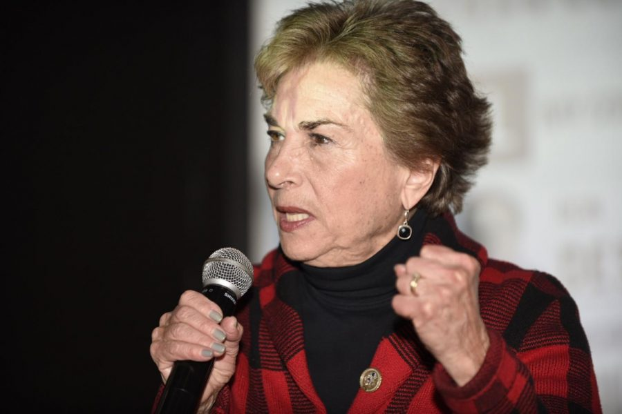 U.S.+Rep.+Jan+Schakowsky+at+her+election+night+party+Tuesday.