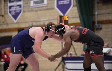 Wrestling: Wildcats lose season-opener to North Dakota State