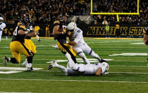 Football: Wildcats' reserves come up big in win over No. 21 Iowa