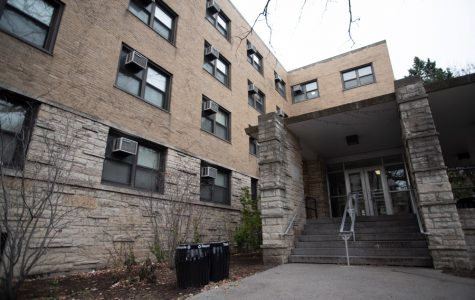 Students report mold in Bobb-McCulloch, but University says levels aren't unhealthy