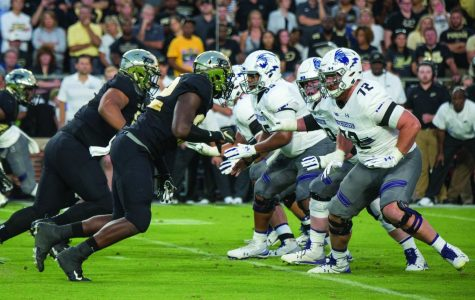 Football: Wildcats' offensive line turning a corner after early-season struggles