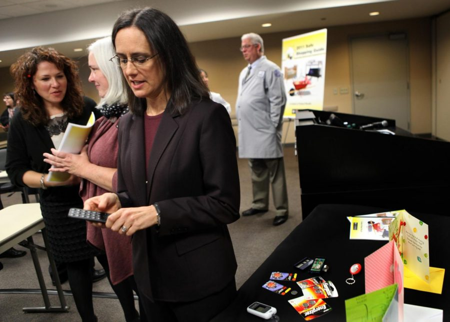 Illinois Attorney General Lisa Madigan holds a press conference in Chicago in 2011. Madigan released a report accusing the Catholic Church of failing to investigate abuse accusations.