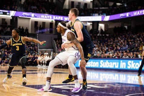 Men's Basketball: Dererk Pardon shines once again against Michigan