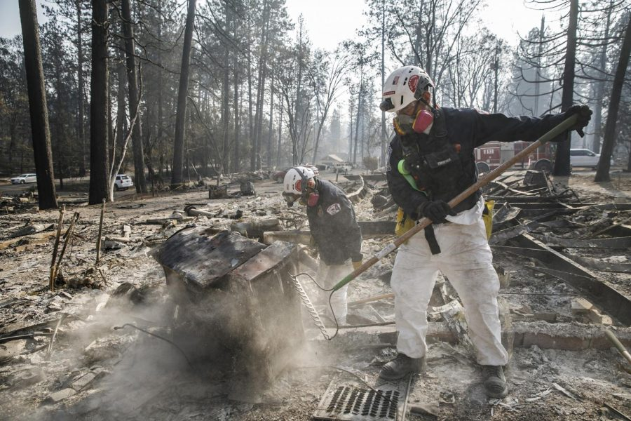 A+search+and+rescue+team+comb+through+debris+for+human+remains+after+the+Camp+Fire+destroyed+most+of+Paradise%2C+Calif.%2C+on+Nov.+20%2C+2018.+