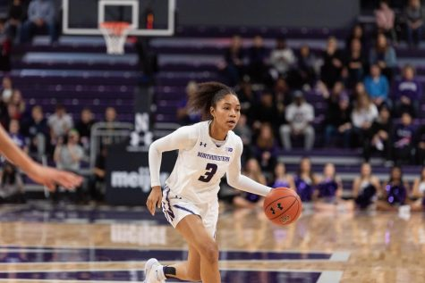 Women's Basketball: Northwestern obliterates Chicago State by 62 points, winning 97-35