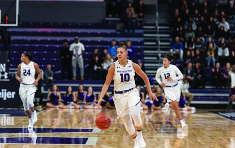Women's Basketball: Northwestern finishes second in Duel in the Desert