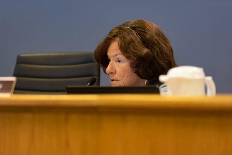 Aldermen authorize city manager to negotiate sale of Oakton Street property