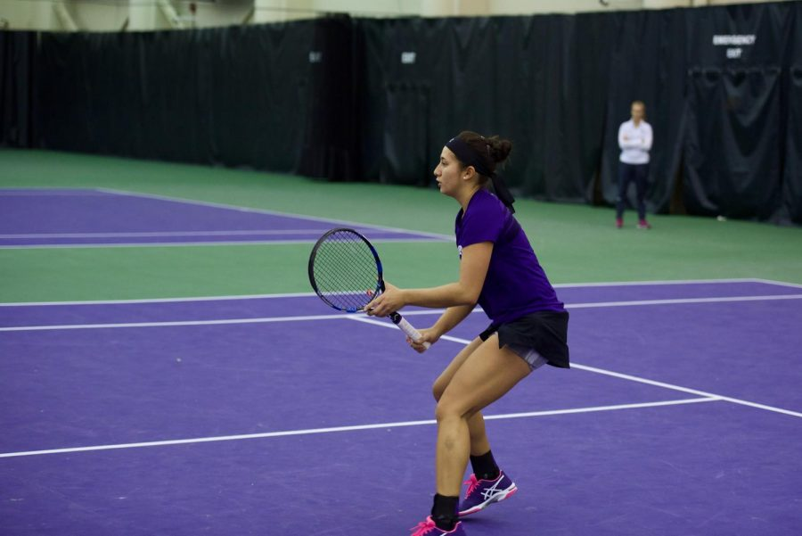 Lee+Orr+sets+up+for+a+volley.+The+senior+and+Northwestern+performed+well+at+the+Miami+Spring+Invite+this+weekend.