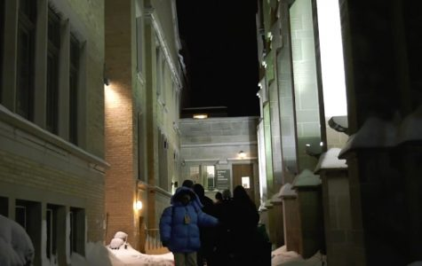 In freezing conditions, Evanston nonprofits and volunteers organize shelter for the homeless