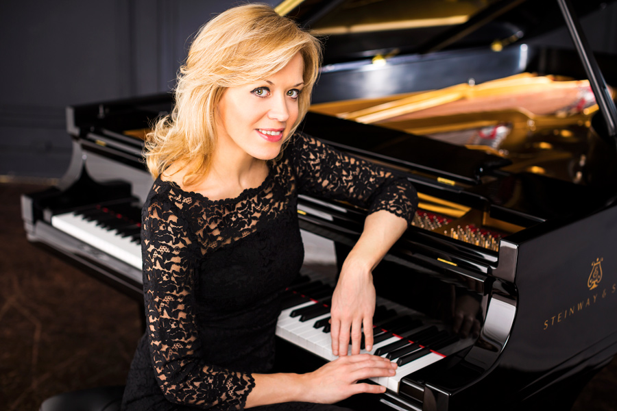 Olga Kern's 2001 win marked the first time in three decades that a female pianist won a gold medal at the prestigious Van Cliburn International Piano Competition. Kern will perform at Mary B. Galvin Recital Hall on Saturday.