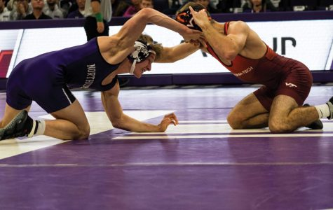Wrestling: In a week of mixed results, Northwestern beats Wisconsin but falls to Minnesota