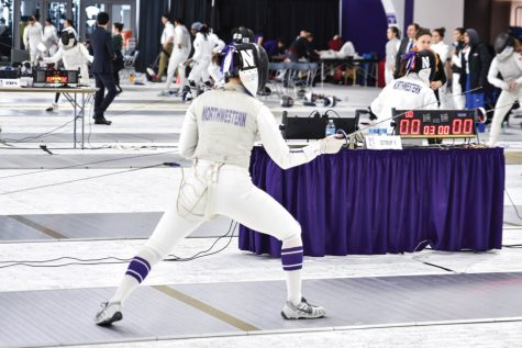 Fencing: Seven freshmen compete at Junior Olympics