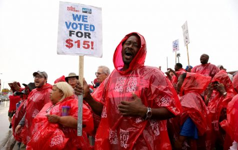 Bill passes House to raise minimum wage to $15, heads to Pritzker's office