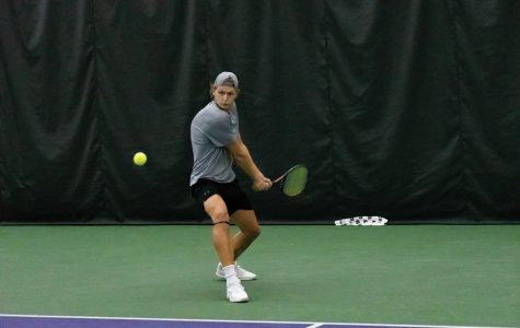 Men's Tennis: Northwestern rebounds after Friday loss against Indiana to take down Louisville