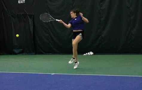 Women's Tennis: Northwestern kicks off Big Ten season with 19th straight win over Illinois