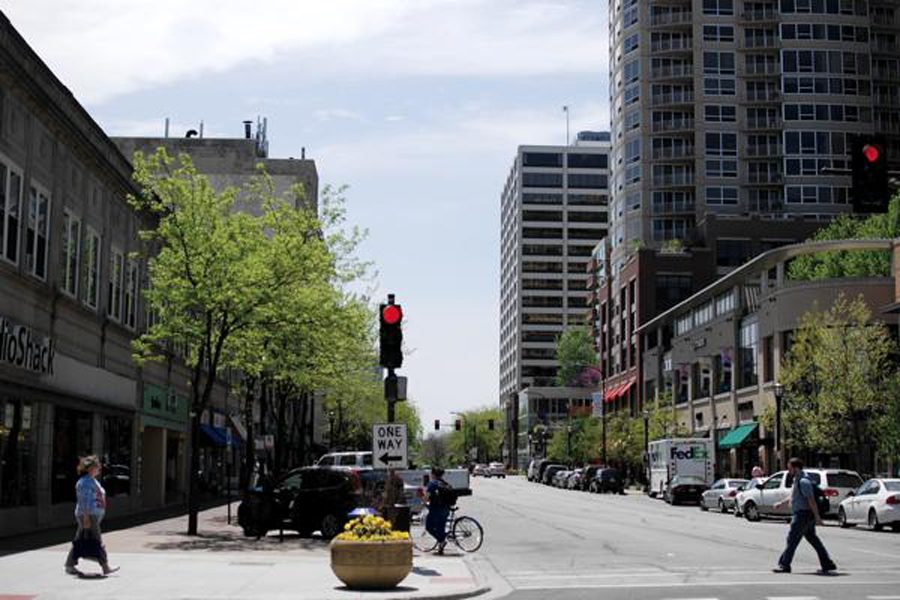 Downtown+Evanston.+Many+commercial+property+owners+are+worried+that+the+increase+in+property+values+will+correlate+to+a+significant+increase+in+their+2020+tax+bill%2C+which+could+potentially+drive+small+businesses+out+of+the+city.
