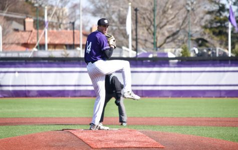 Baseball: Northwestern musters only two hits in 6-2 loss to Notre Dame