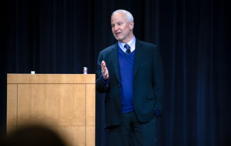 Schapiro addresses NU rankings, budget deficit in 'Conversations with the President'