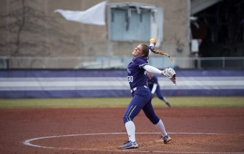 Softball: Northwestern picks up sixth straight sweep of the season against Michigan State