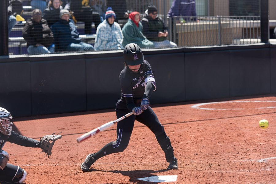 Morgan+Nelson+takes+a+swing.+The+senior+finished+with+two+hits+and+two+RBIs+in+her+team%E2%80%99s+3-1+win+over+Notre+Dame.