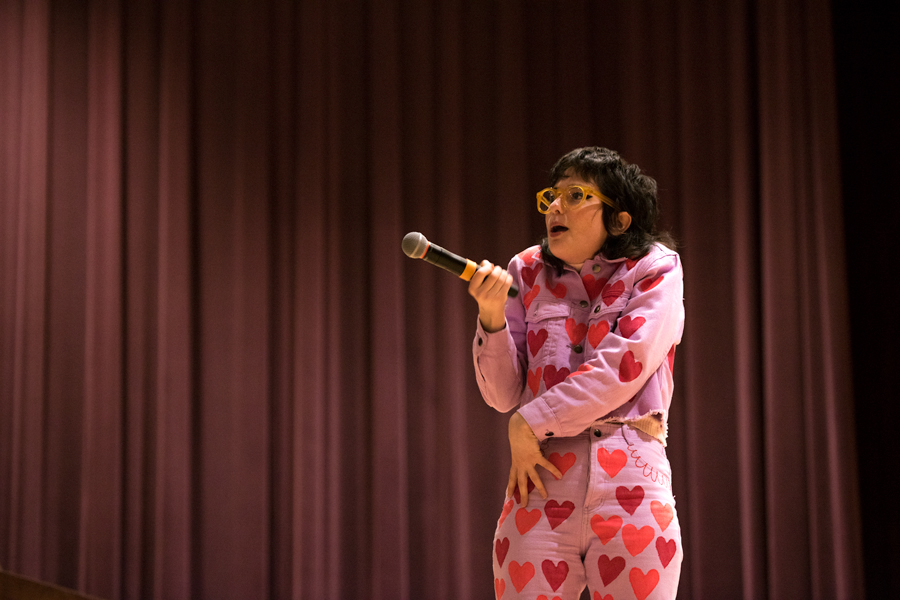 Northwestern alum Sarah Squirm performs standup at McCormick Auditorium. The event was hosted by One Book One Northwestern, and featured Squirm touching on issues of sex and feminism.