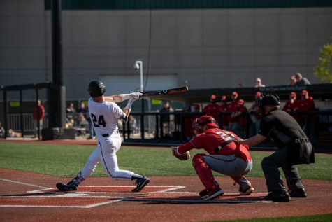 Baseball: Northwestern ends its season in Senior Day loss to Minnesota