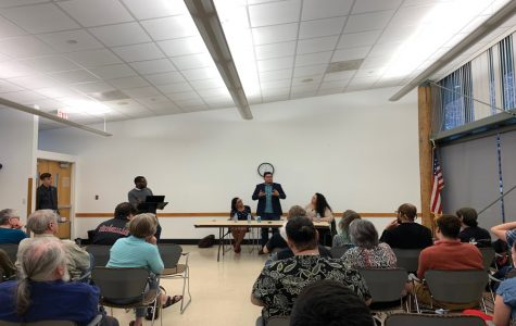Democratic Socialists discuss local implementation of ideology
