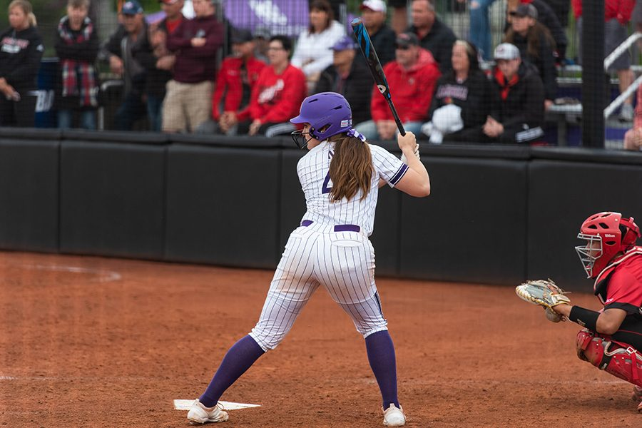 Maeve+Nelson+takes+up+her+stance.+The+shortstop+was+one+of+many+freshmen+who+made+an+immediate+impact+in+NU%E2%80%99s+best+season+since+2007.