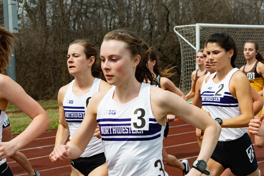 Aubrey Roberts turns a lap. Roberts won the 5,000-meter race at Saturday's Oxy Invite in California.