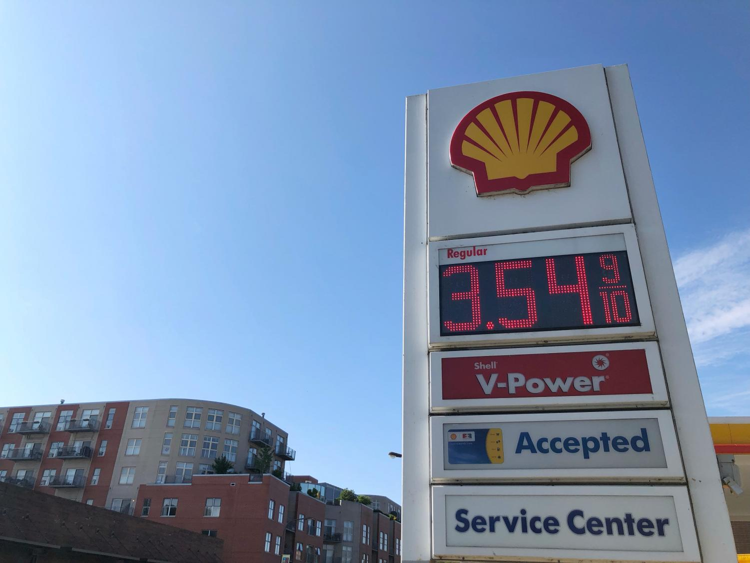 An Evanston gas station. Gas prices have increased across the state as part of Gov. Pritzker's $45 billion infrastructure plan.