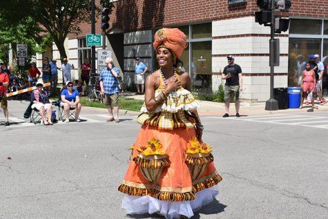 Evanston Escola de Samba brings Brazilian flair to Fourth of July parade