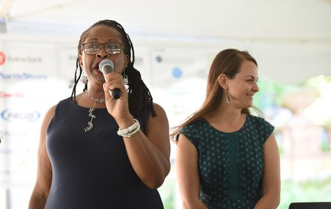 Journalist Maudlyne Ihejirika emcees fifth annual Taste of Evanston in support of combating homelessness