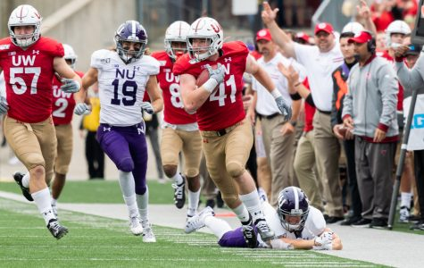 Football: Northwestern's offense nearly outscored by Wisconsin's defense in ugly showing