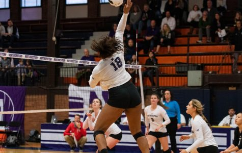 Volleyball: In fourth season under Davis, NU looks to improve in Big Ten