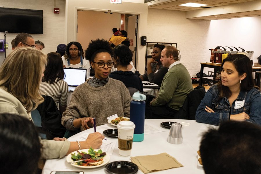 Students%2C+faculty+and+administrators+talk+closely+about+campus-related+issues+over+dinner+and+cookies+at+Foster+Walker+Complex.+Conversations+focused+on+improving+mental+health+support+and+course+affordability.+