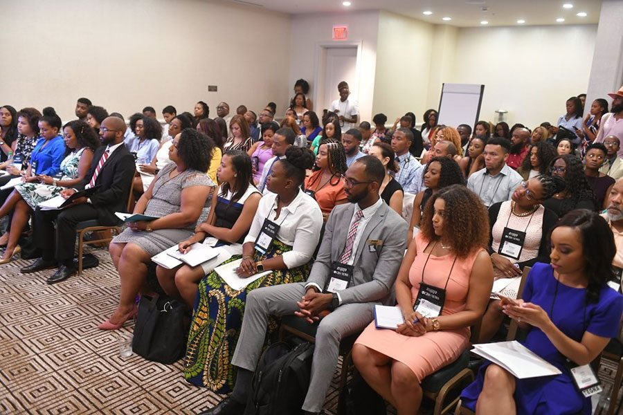Attendees+at+the+National+Association+of+Black+Journalists+conference+in+Miami.+Student+journalists+of+color+said+their+experience+at+summer+conferences+like+NABJ%2C+NAHJ+and+AAJA+was+invaluable.