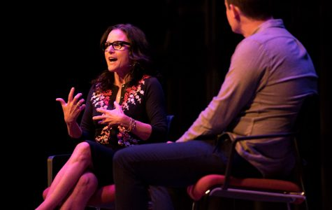Julia Louis-Dreyfus talks about 'SNL,' 'Veep' at Chicago Humanities Festival Event