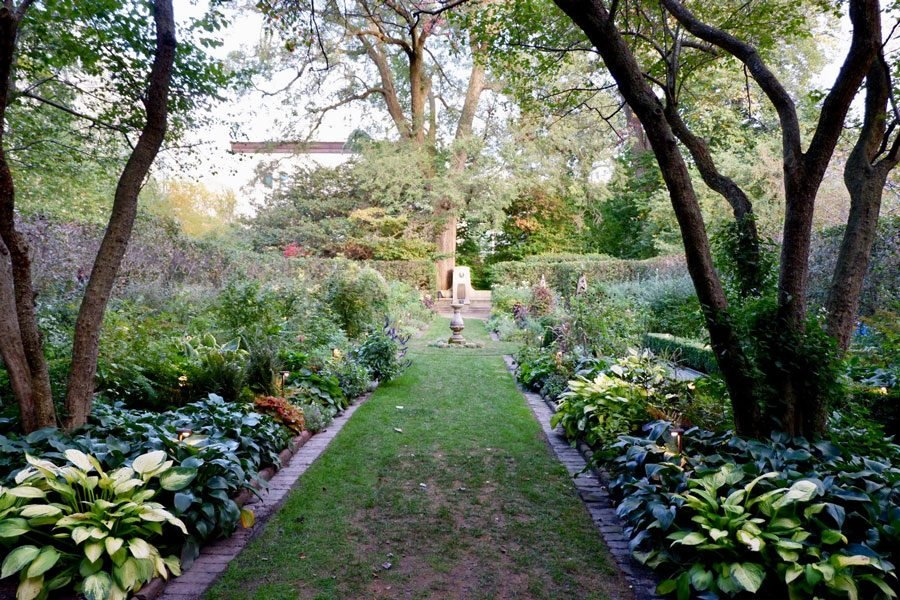 The Shakespeare Garden, tucked between the Technological Institute and the Ford Motor Company Engineering Design Center. Despite its location in the center of campus, it remains hidden to many NU students going about their busy lives.