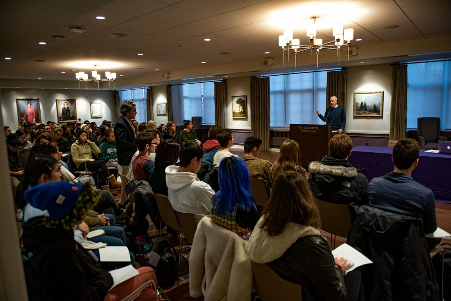 Over+a+hundred+undergraduate+students+gathered+in+Scott+Hall+Thursday.+Students+expressed+frustrations+over+the+lack+of+progress+in+implementing+Fossil+Free+Northwestern.