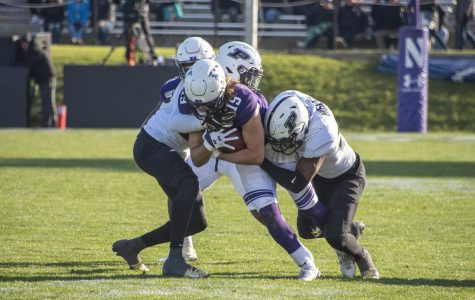 Football: Northwestern breaks touchdown drought, yet falls to Purdue 24-22 in final moments