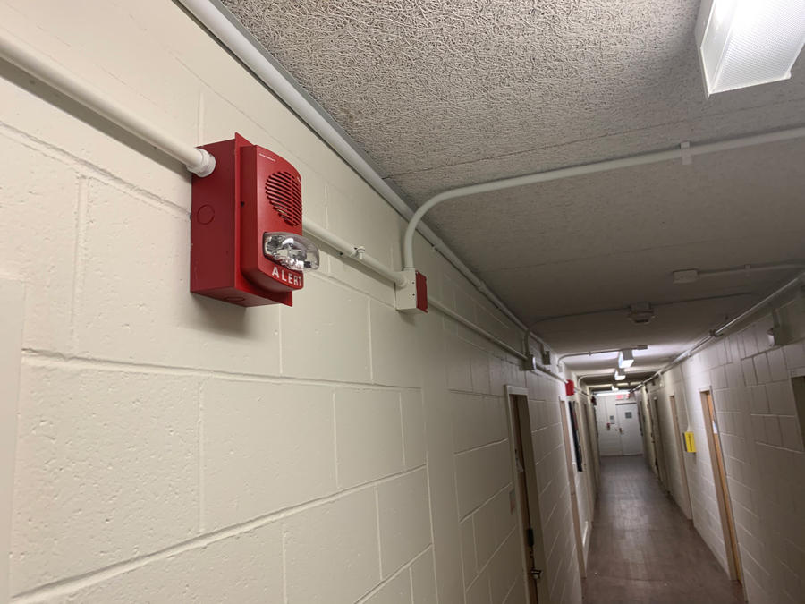 Fire+alarm+in+Bobb-McCulloch+Hall.+Two+false+alarms+were+triggered+in+the+span+of+three+days%2C+leaving+450+residents+out+in+the+cold.